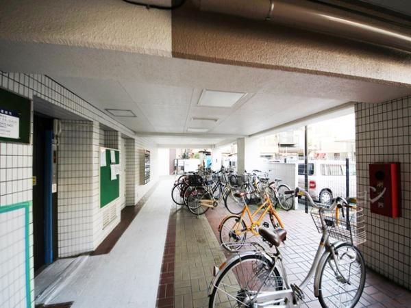 中古マンション 板橋区本町13-2 都営三田線板橋本町駅 2099万円