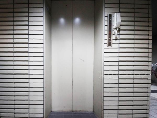 中古マンション 板橋区本町33-1 都営三田線板橋本町駅 2199万円