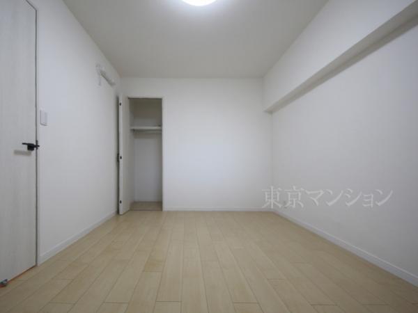 中古マンション 板橋区板橋4丁目 都営三田線新板橋駅 2490万円