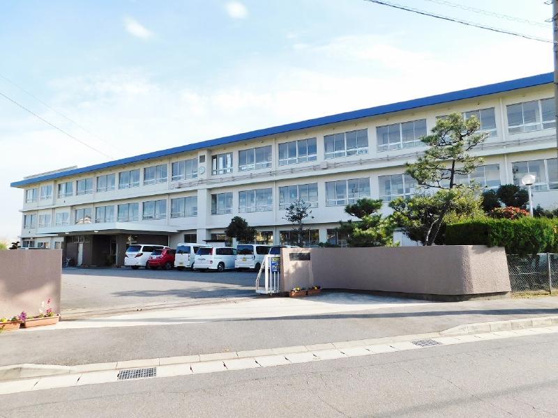 西尾市立平坂小学校