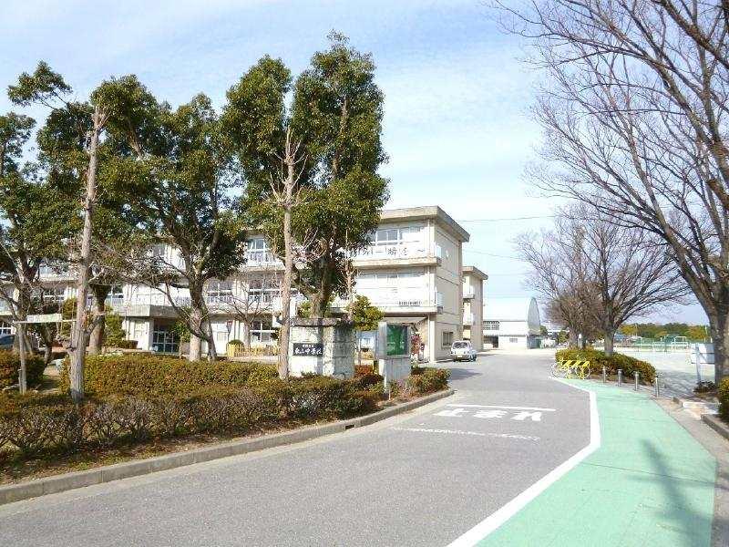 東山中学校