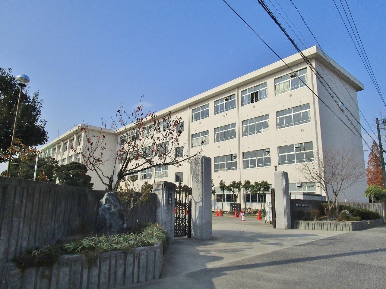 豊田市立前林中学校