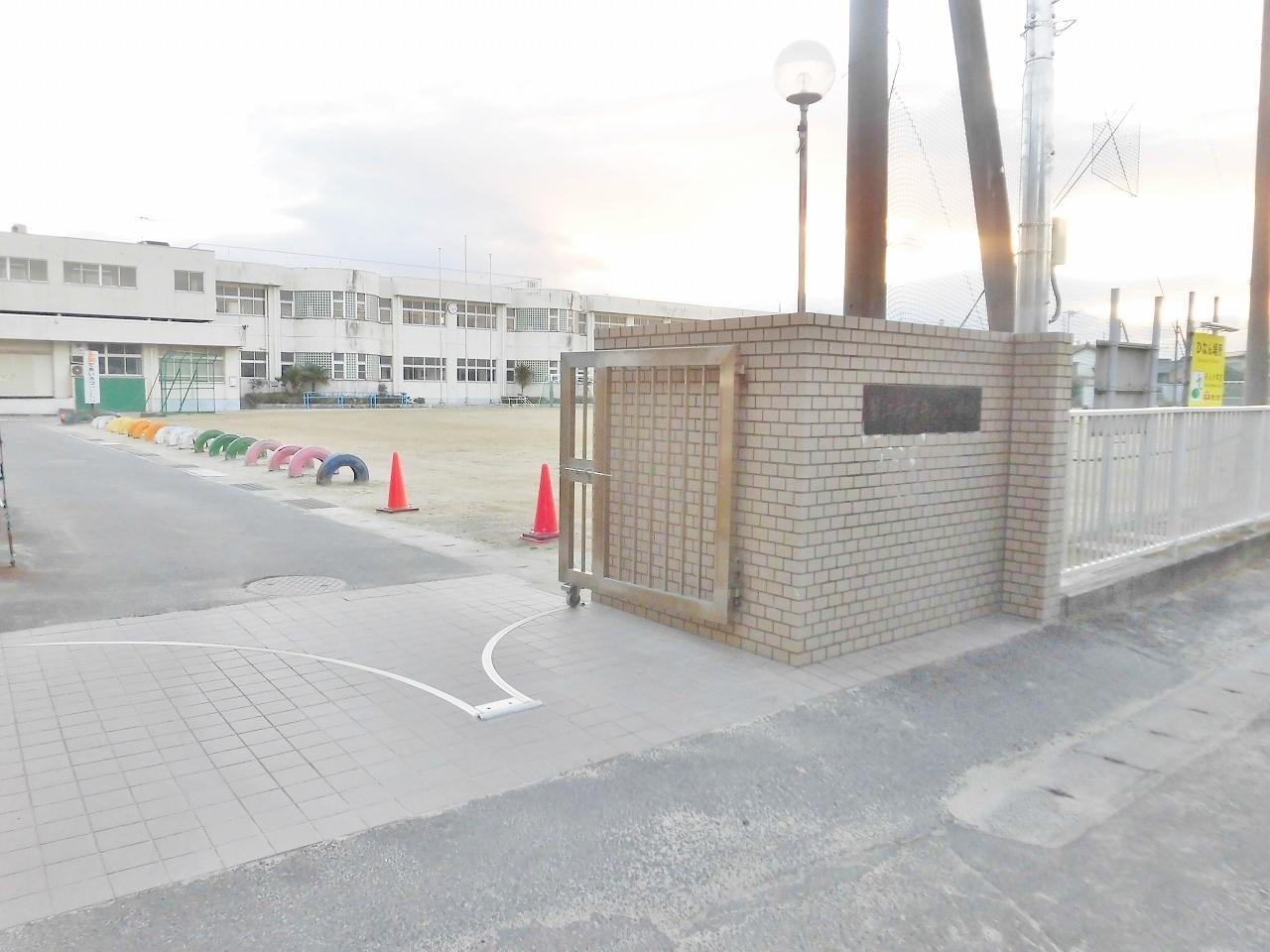 蟹江町立舟入小学校