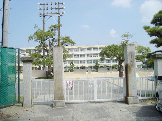 津島市立西小学校