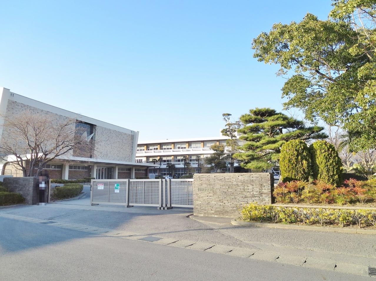 西尾市立吉良中学校