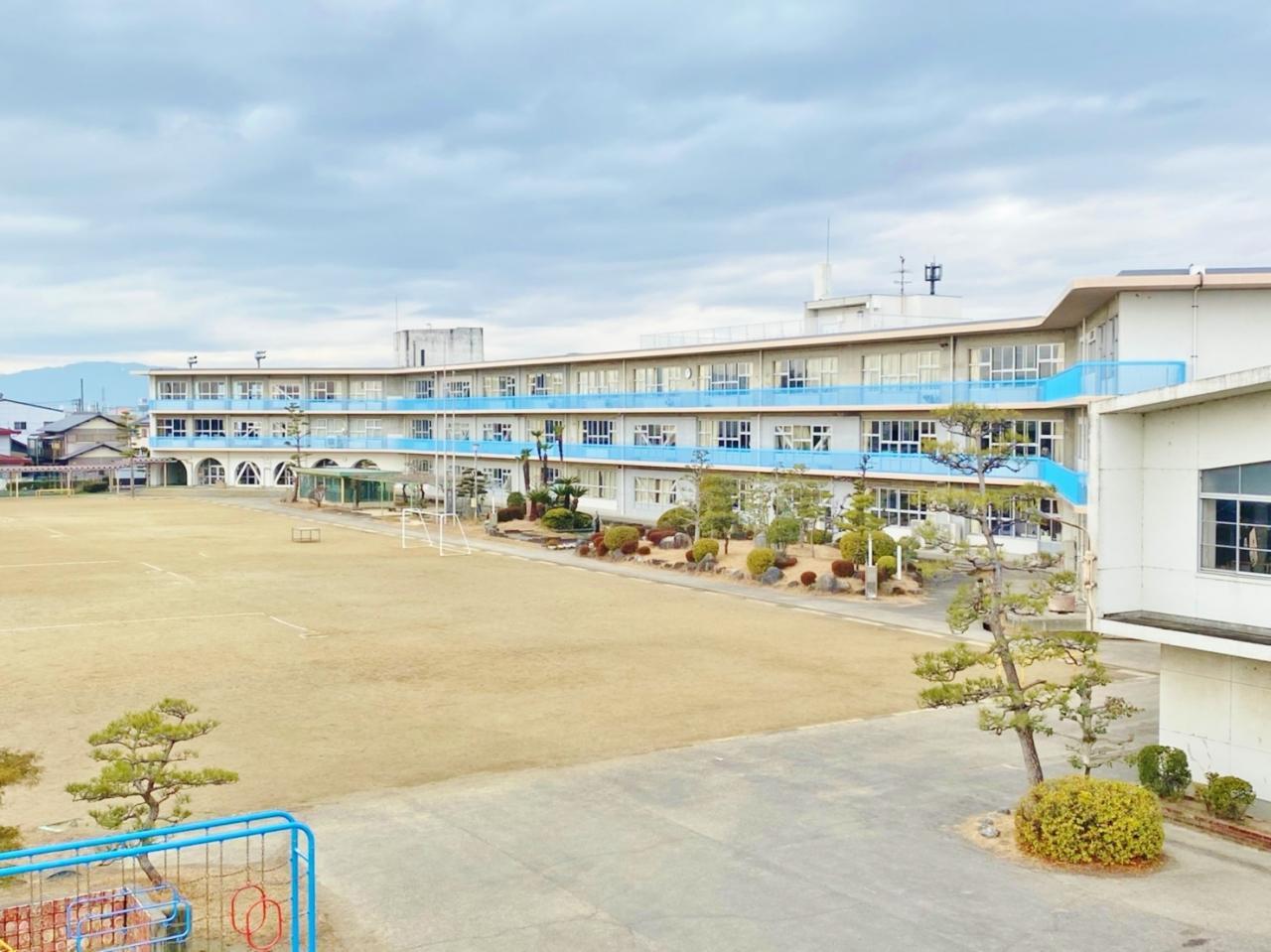 笠松町立松枝小学校