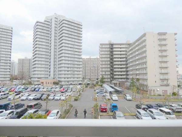 中古マンション 三郷市さつき平2丁目 JR武蔵野線新三郷駅 2390万円