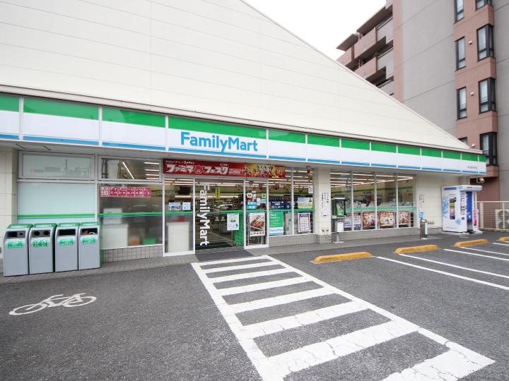 ファミリーマート 東久留米本町店