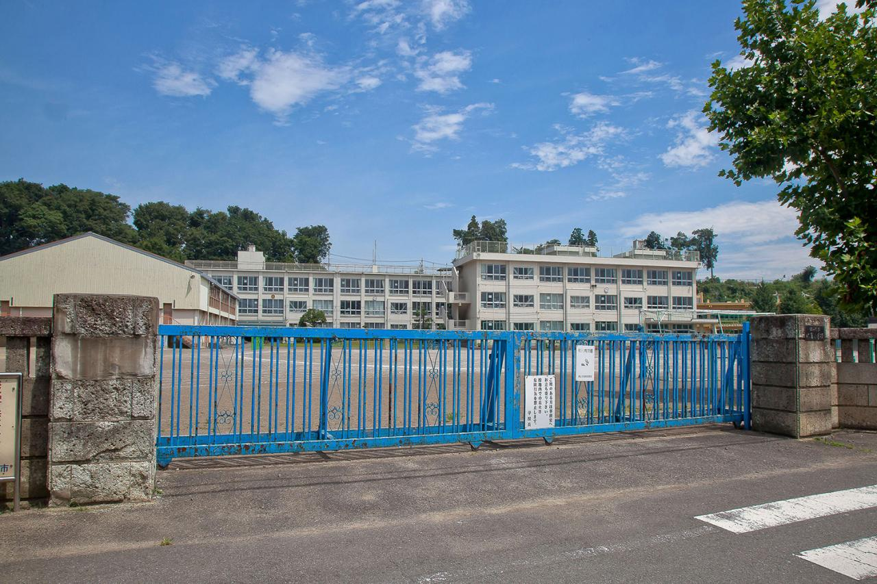 狭山市立水富小学校