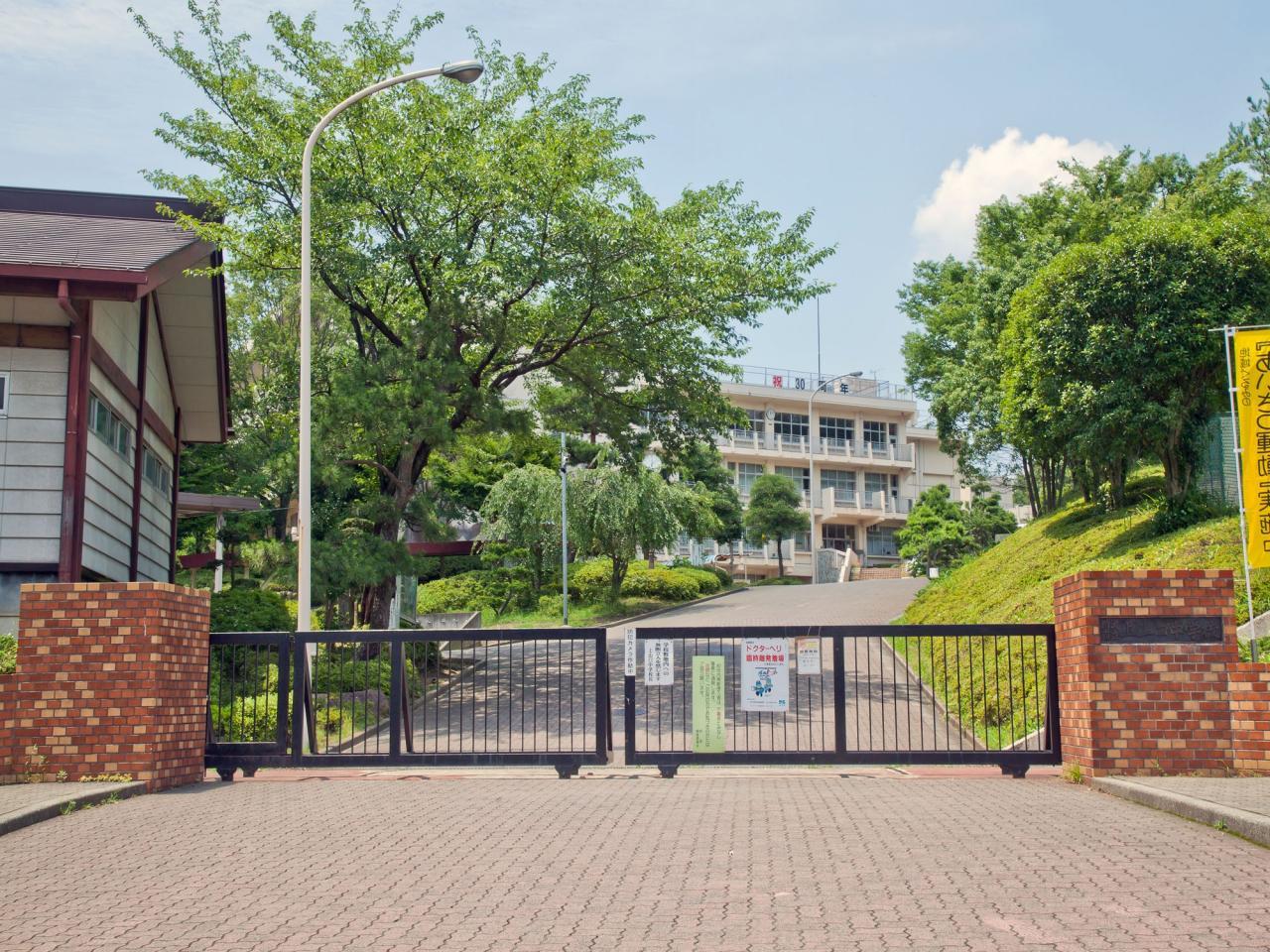 所沢市立上山口中学校