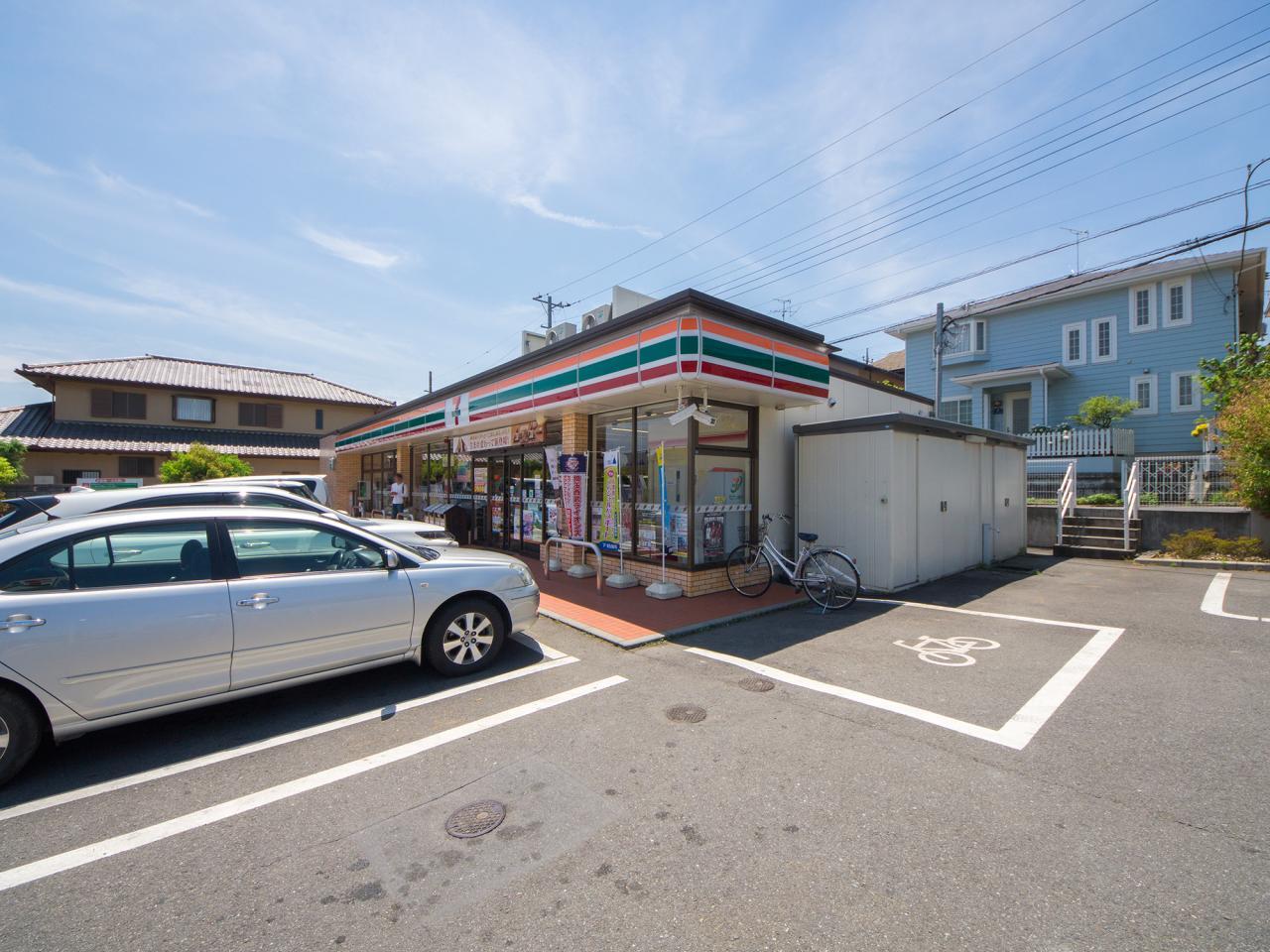 セブン-イレブン入間新久店