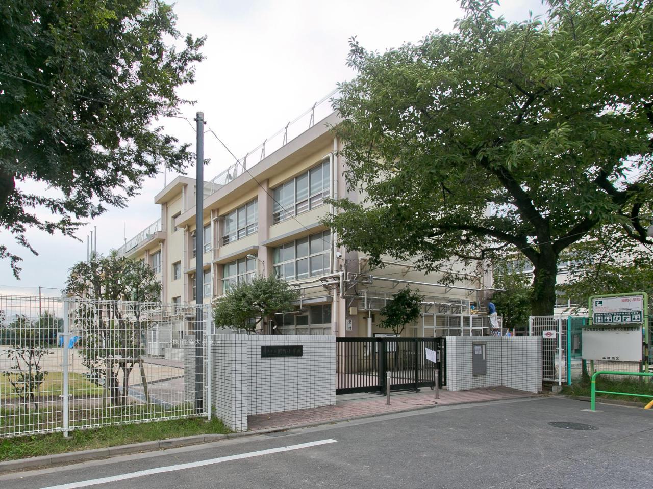 練馬区立関町小学校
