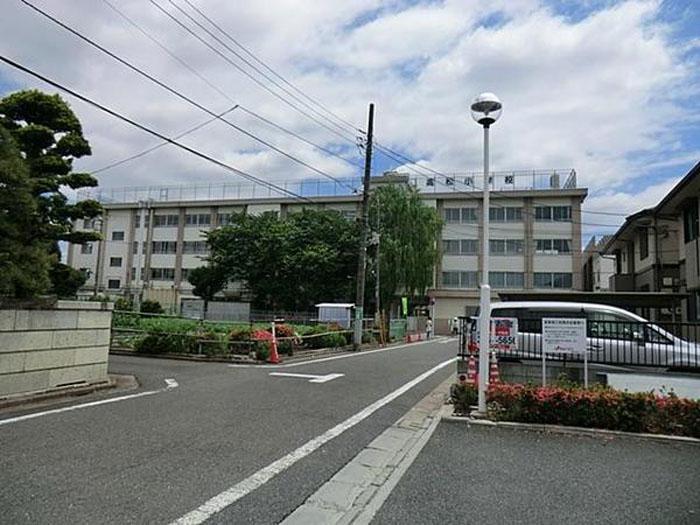 新築戸建 練馬区高松3丁目 都営大江戸線光が丘駅 5550万円