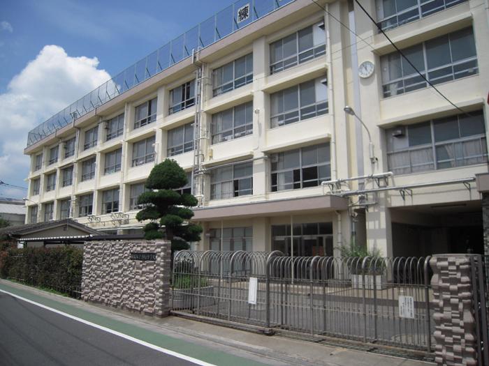 練馬区立谷原中学校