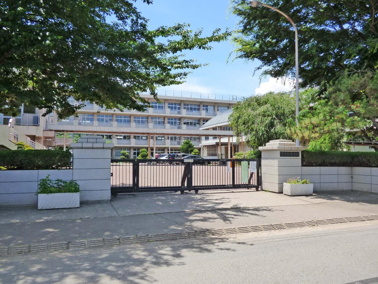 所沢市立安松中学校