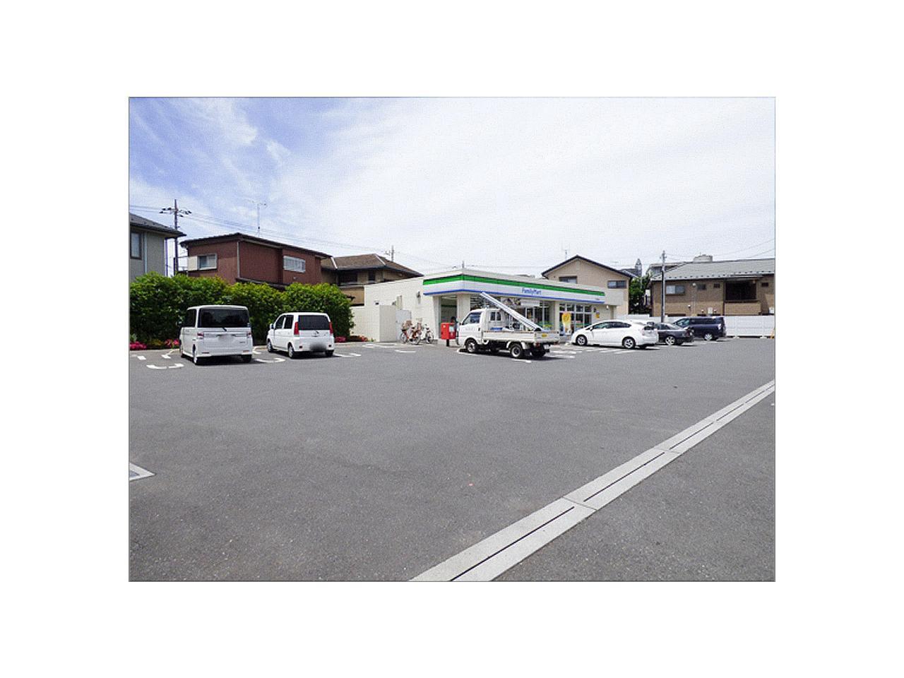 ファミリーマート 所沢旭町店