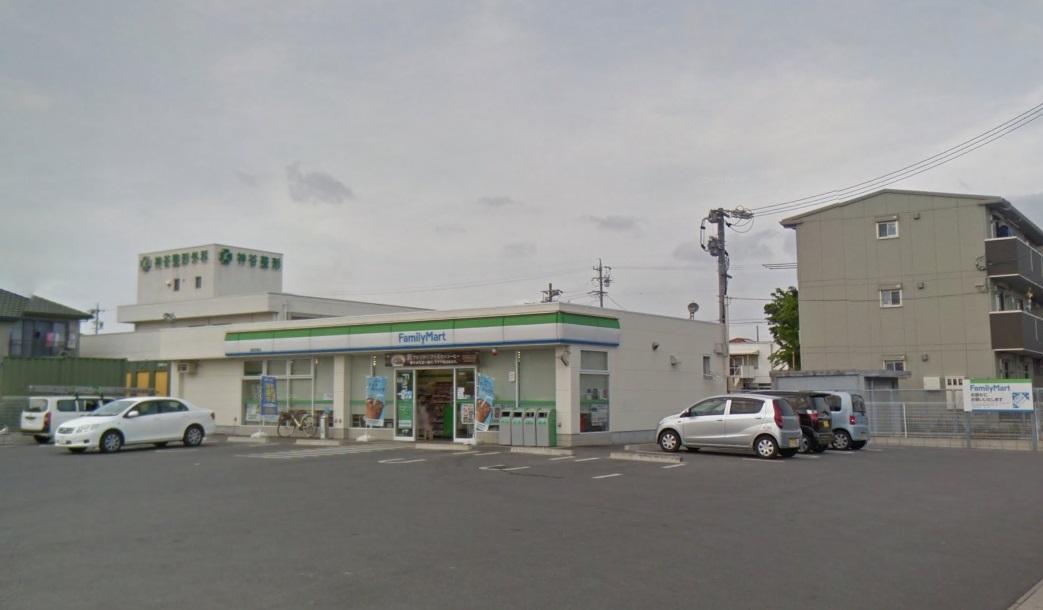 ファミリーマート 高浜湯山町二丁目店