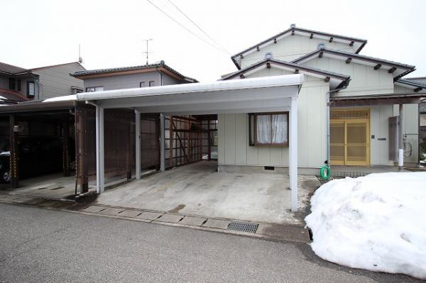 中古戸建 射水市三ケ あいの風とやま鉄道小杉駅 1200万円