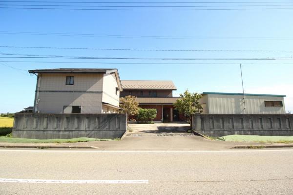 中古戸建 高岡市国吉 あいの風とやま鉄道西高岡駅 4300万円