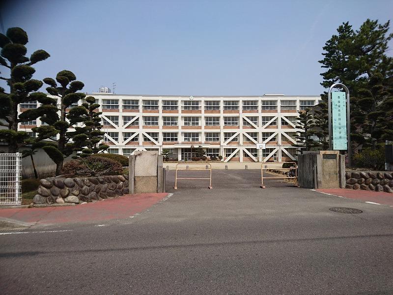 各務原市立川島中学校