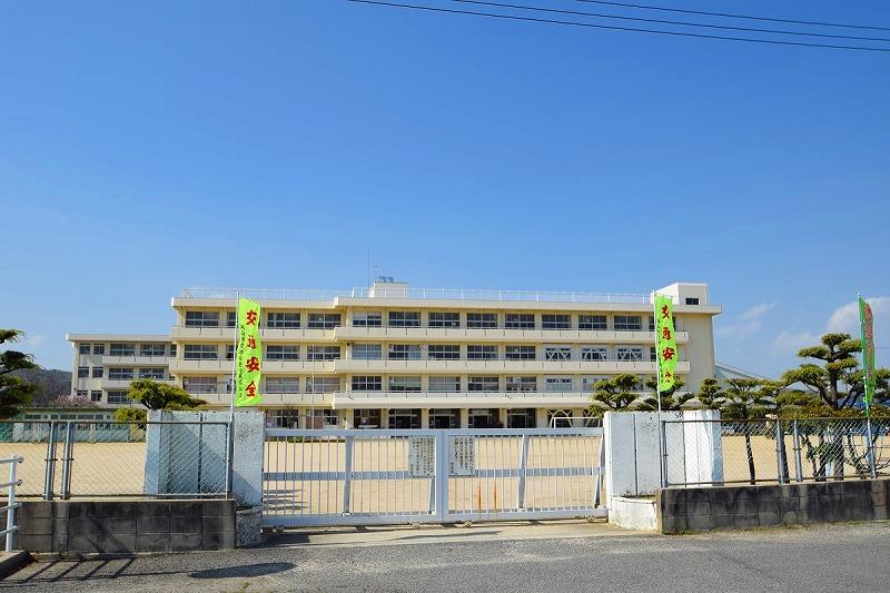 岡山市立旭操小学校