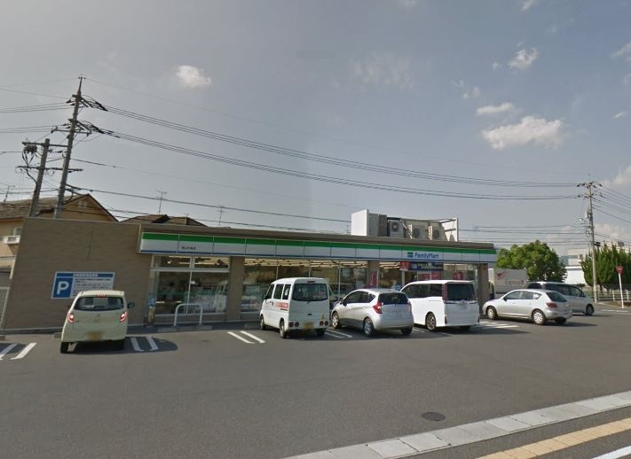 ファミリーマート 岡山中島店