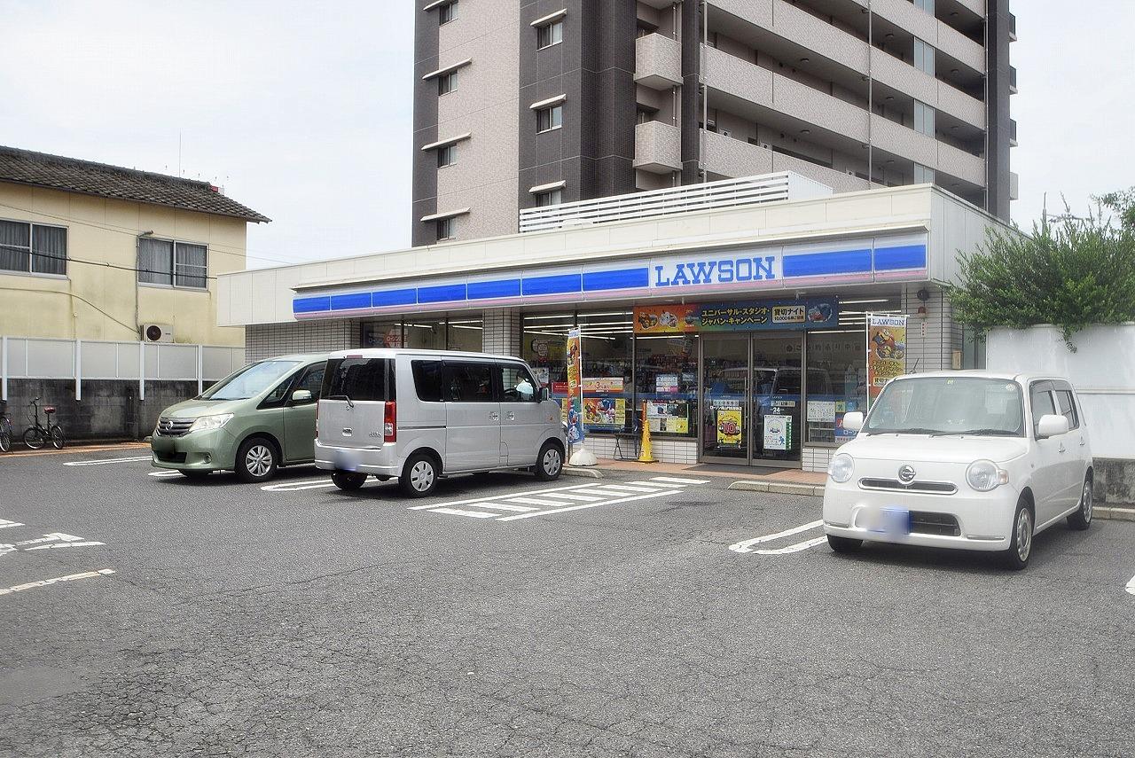 ローソン 岡山門田屋敷店