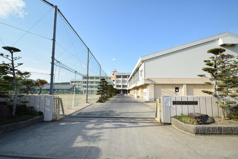 岡山市立高島中学校