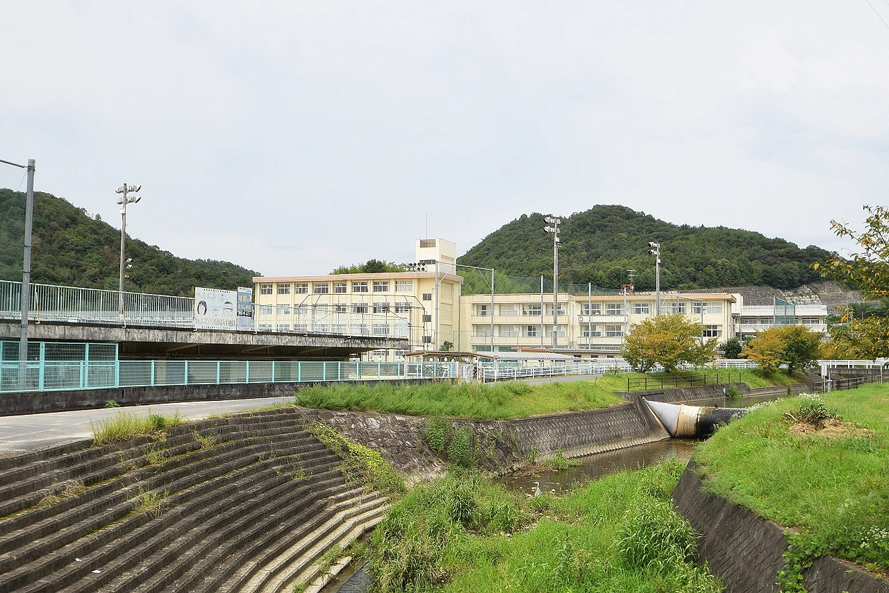 岡山市立香和中学校