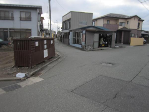 土地 秋田市茨島6丁目 JR羽越本線羽後牛島駅 750万円