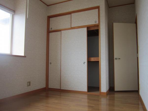 中古戸建 秋田市茨島6丁目 JR羽越本線羽後牛島駅 2500万円