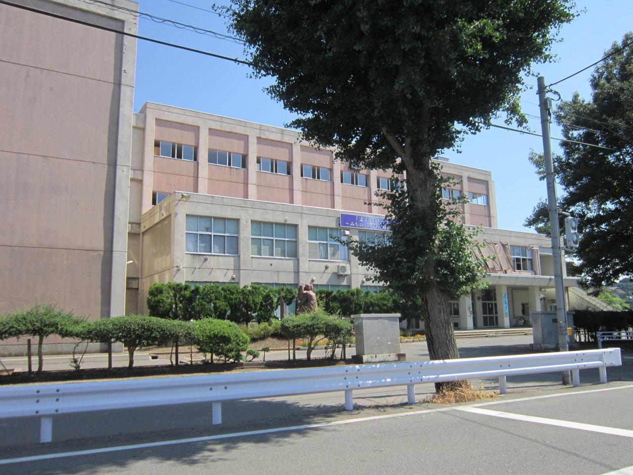 中古戸建 秋田県秋田市茨島4丁目 JR奥羽本線秋田駅 4000万円