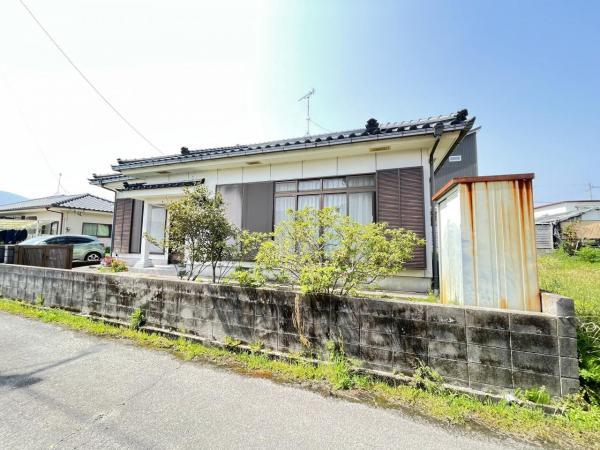 中古戸建 姶良市東餅田3997-8 JR日豊本線帖佐駅 980万円