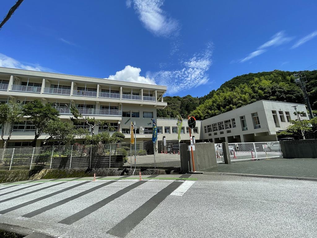 高知市立泉野小学校