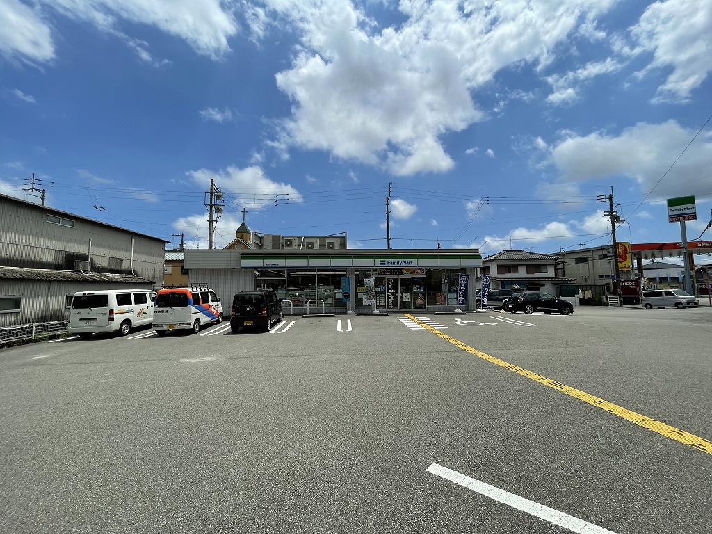 ファミリーマート 高知一宮東町店