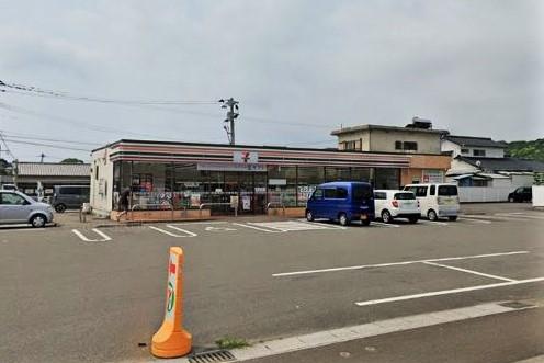 セブン-イレブン 日向曽根町4丁目店