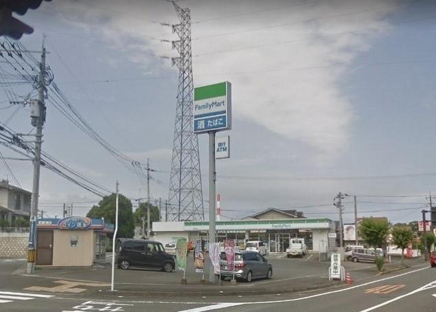 ファミリーマート 延岡高校前店