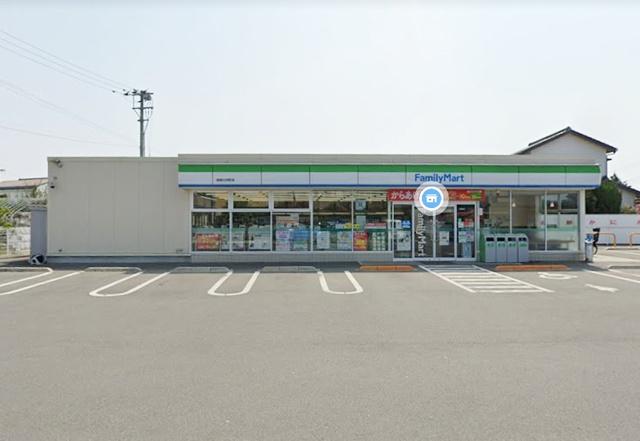 ファミリーマート 徳島川内町店