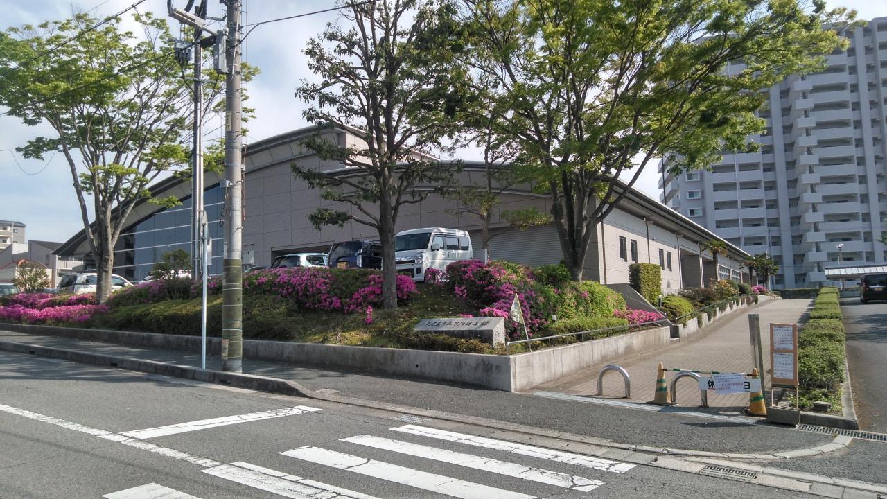 東広島市立 中央図書館
