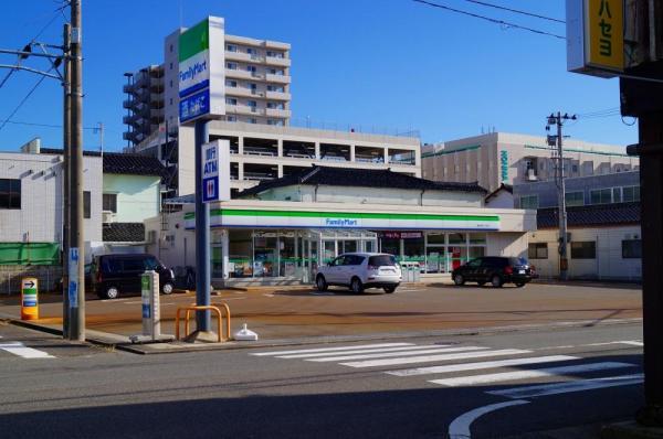 ファミリーマート 酒田中町三丁目店