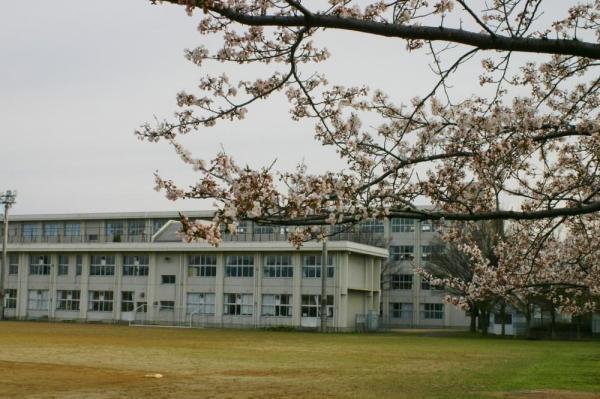 鶴岡市立第四中学校