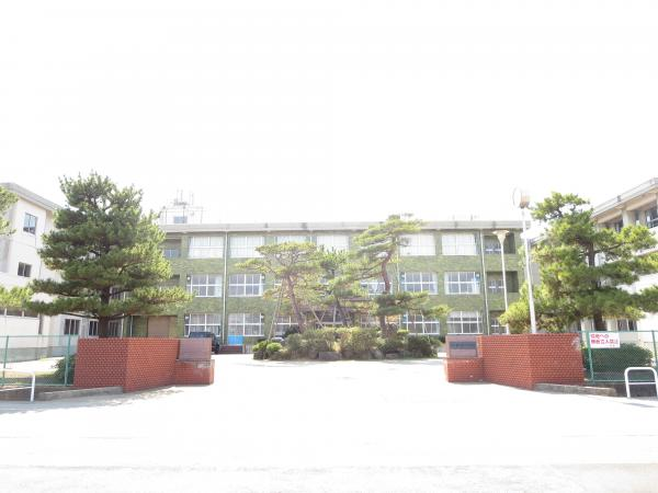 鶴岡市立第一中学校